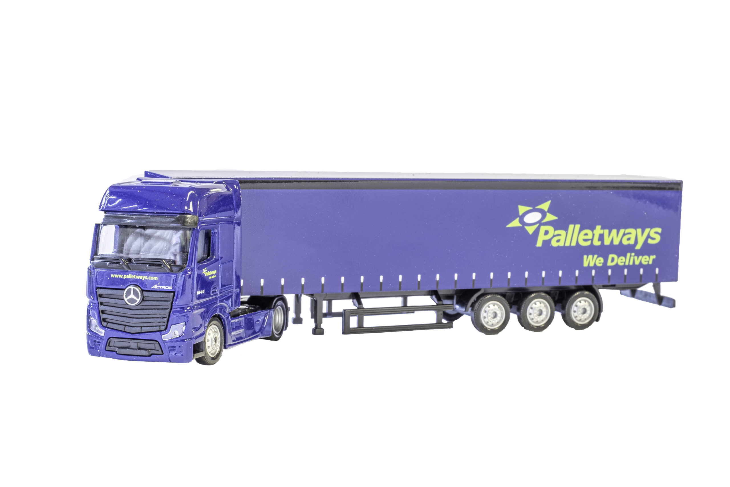 palletways-1-87-model-scaled